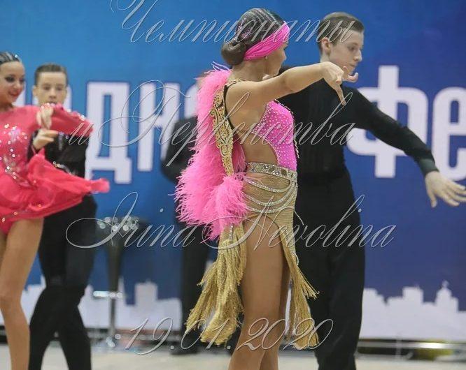 Софья Альжанова